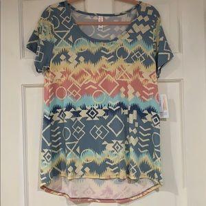 LuLaRoe multi-colored Classic T shirt S NWT